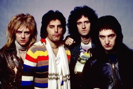 Queen Band 1977